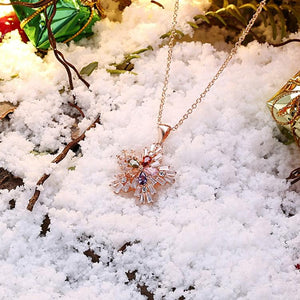 Five Stone Winter Snowflake Necklace set in 18K