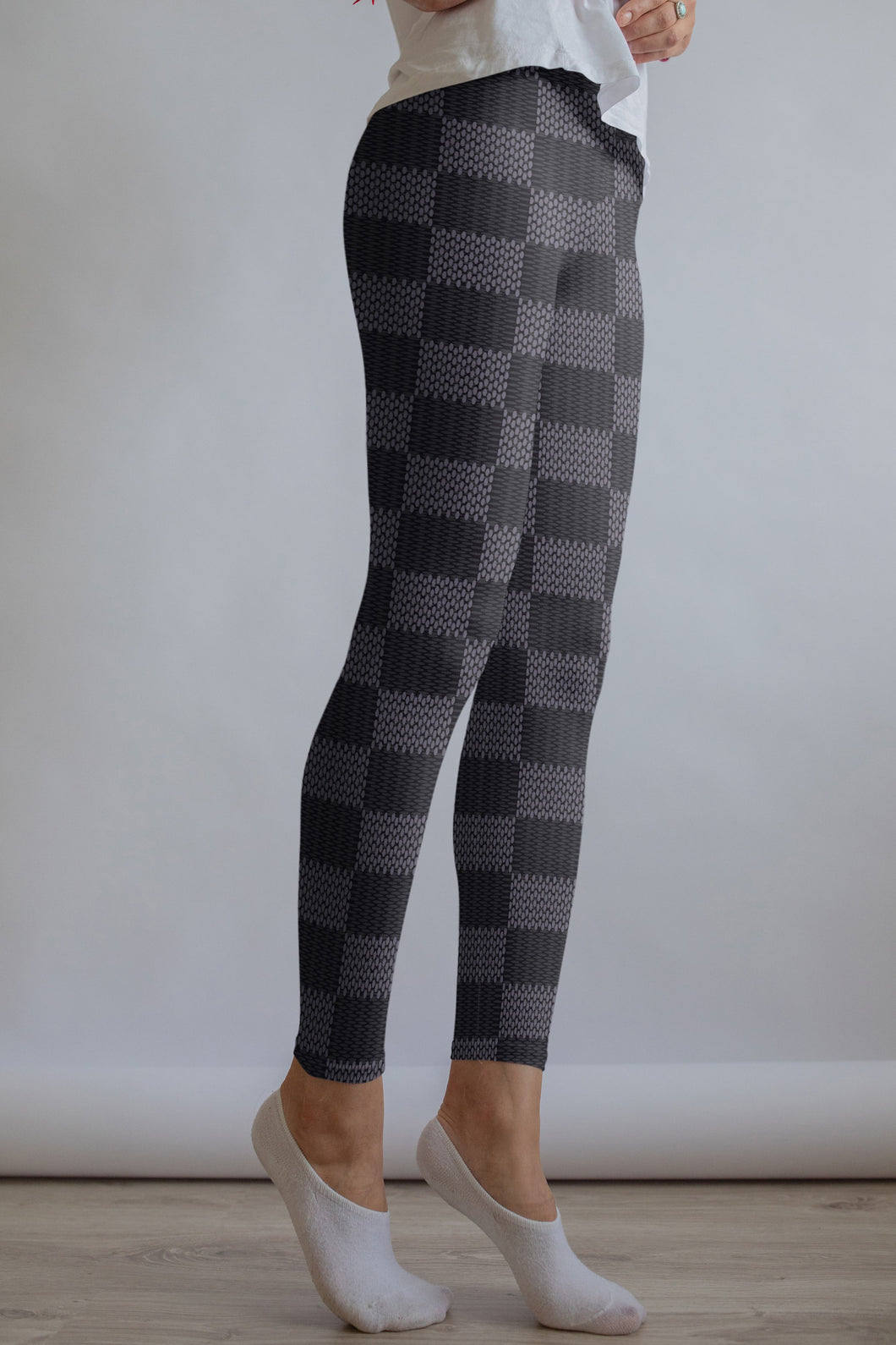 Gray Checkered leggings, Capris and Shorts