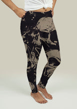 Load image into Gallery viewer, Leggings with Grunge Skulls