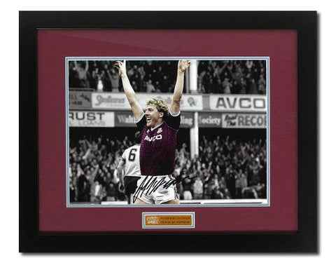 Frank McAvennie West Ham hand signed photograph (PPWH353)