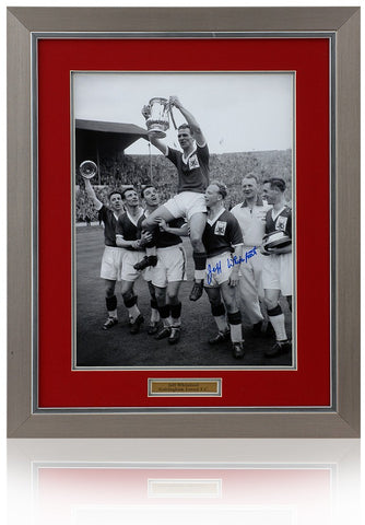 Jeff Whitefoot hand signed 16 x 12'' Nottingham Forest photograph