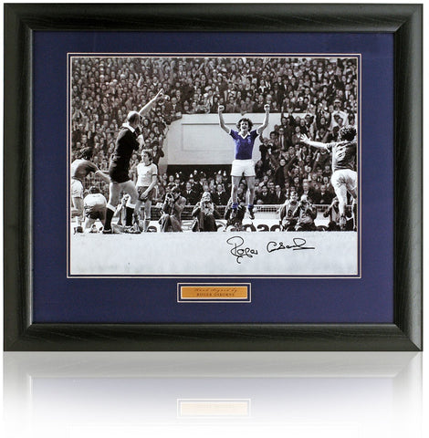 Roger Osbourne hand signed 16x12'' Ipswich Town FC photograph