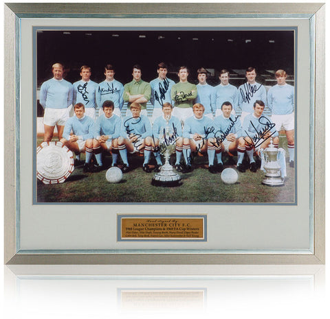 Manchester City 1968 Champions 1969 FA Cup photograph hand signed by 10 inc. Glyn Pardoe