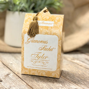 HIGH MAINTENANCE Glamorous Sachet