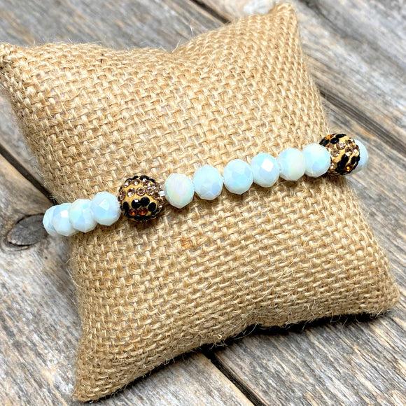 Leopard Accent Beaded Bracelet | White Iridescent