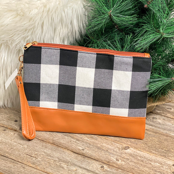 Aspen Wristlet | Black+White Plaid