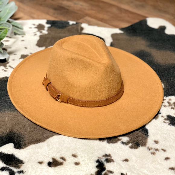 Wide Flat Brim Hat | Camel Band | Camel