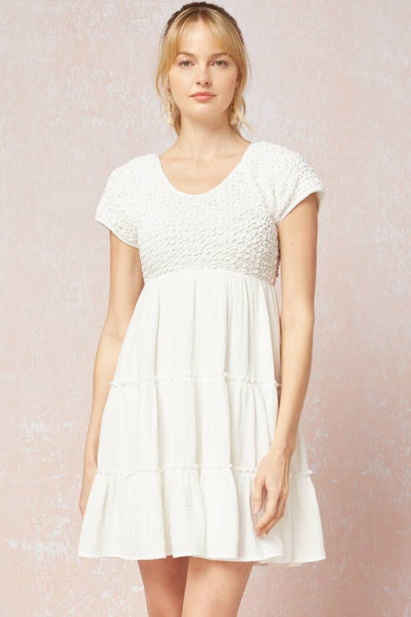 Crinkled Detailed Off White Dress