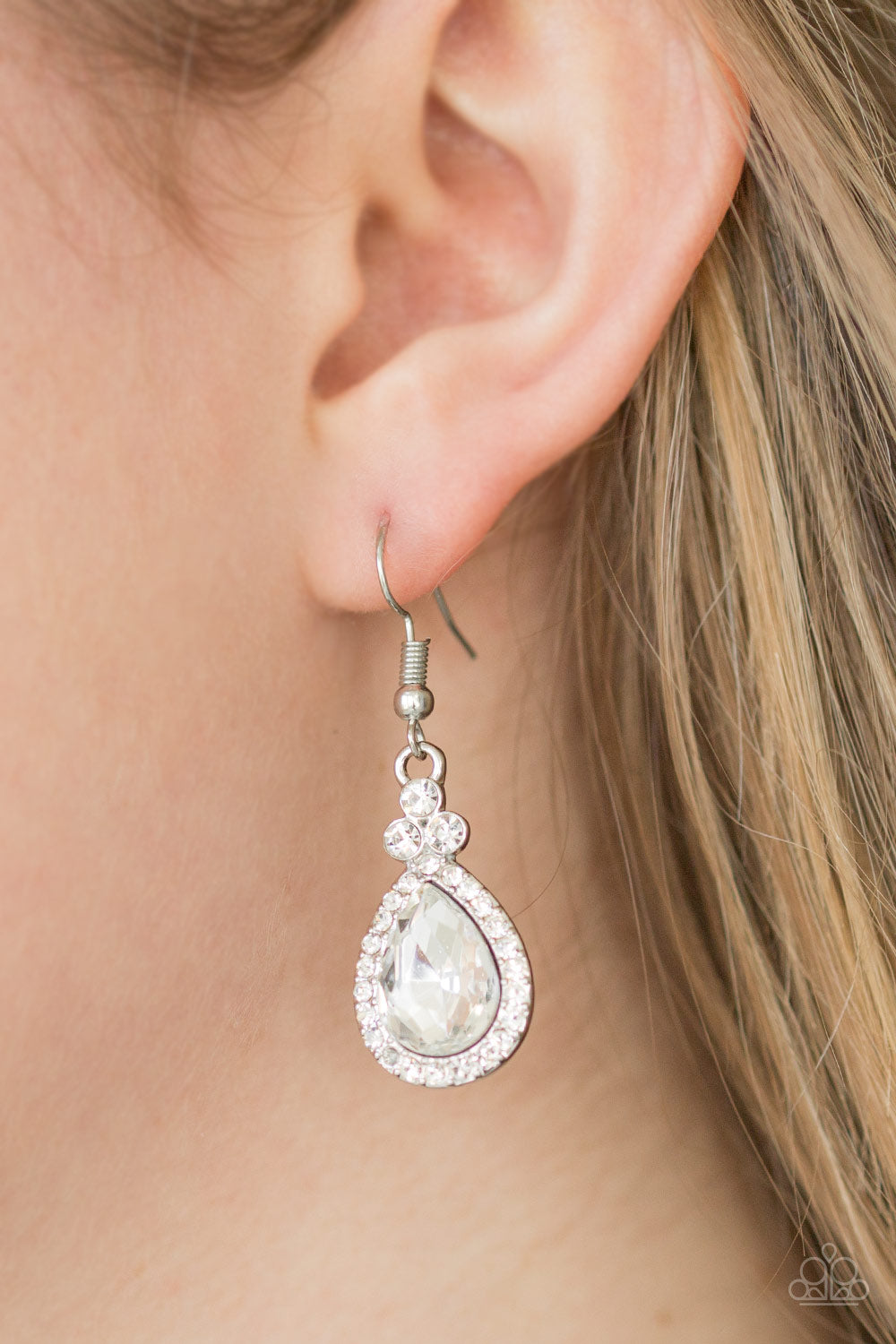Self Made Millionaire - White Earring 2534E