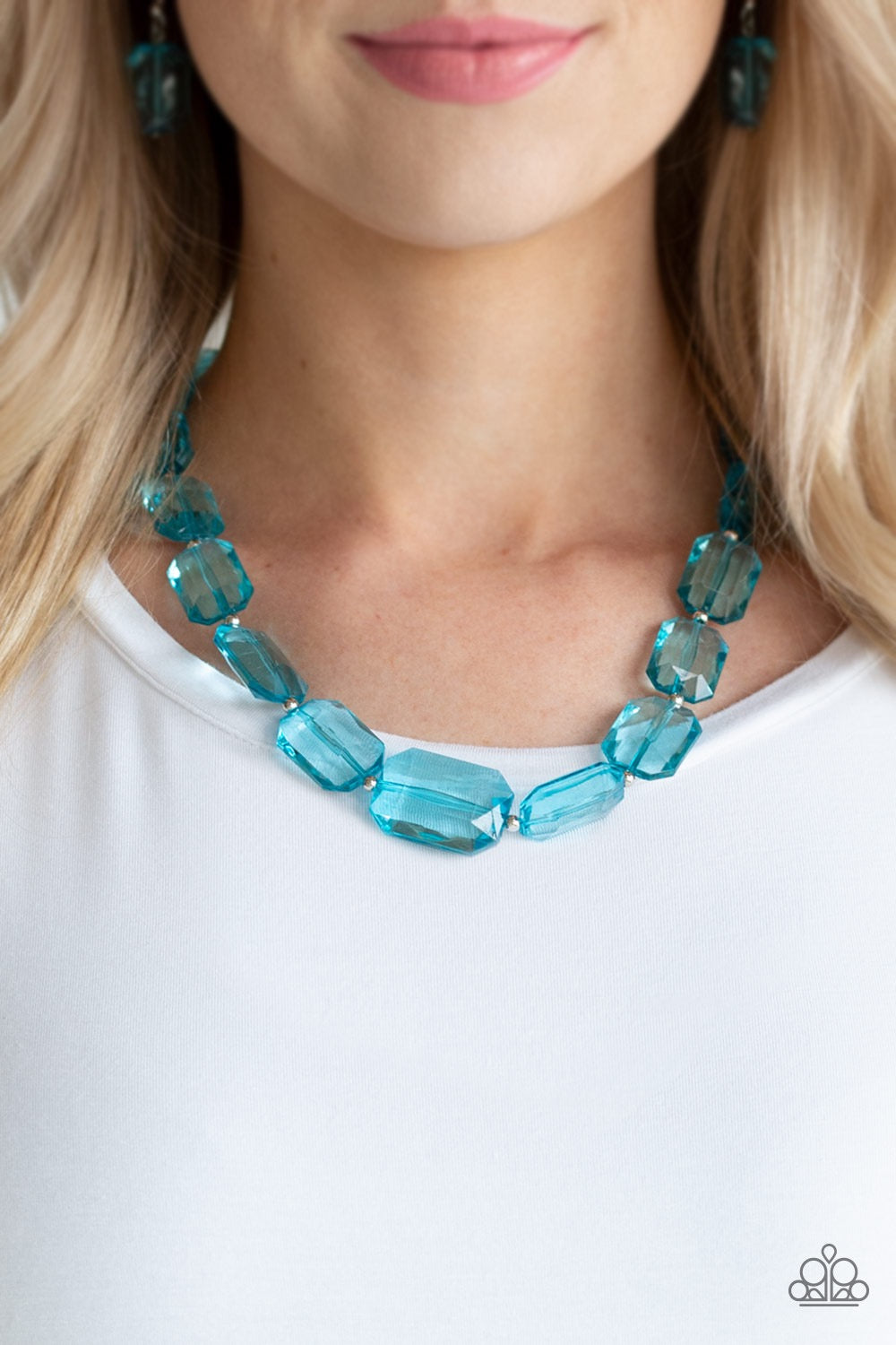 Ice Versa - Blue Necklace 14n