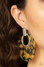 Load image into Gallery viewer, Metro Zoo - Yellow Earring 2763e
