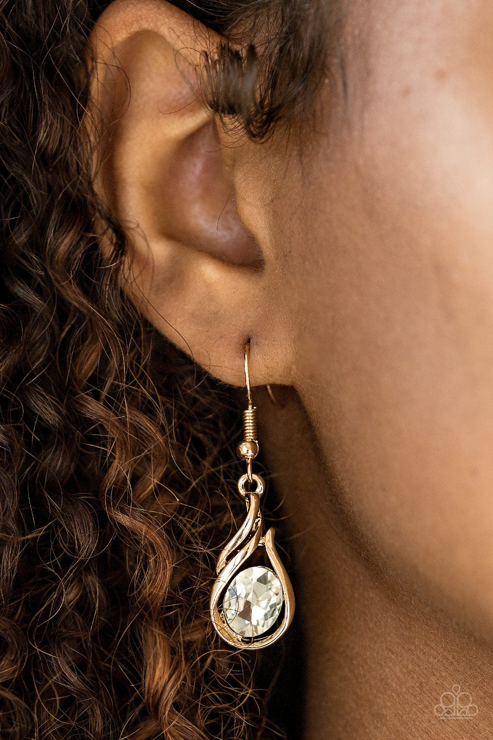 HAUTE On Your Heels ! - Gold Earring