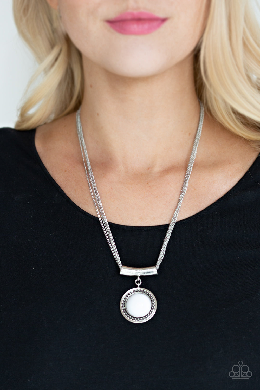Gypsy Gulf - White Necklace