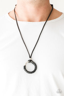 Get Ovet GRIT ! - Black Urban Necklace