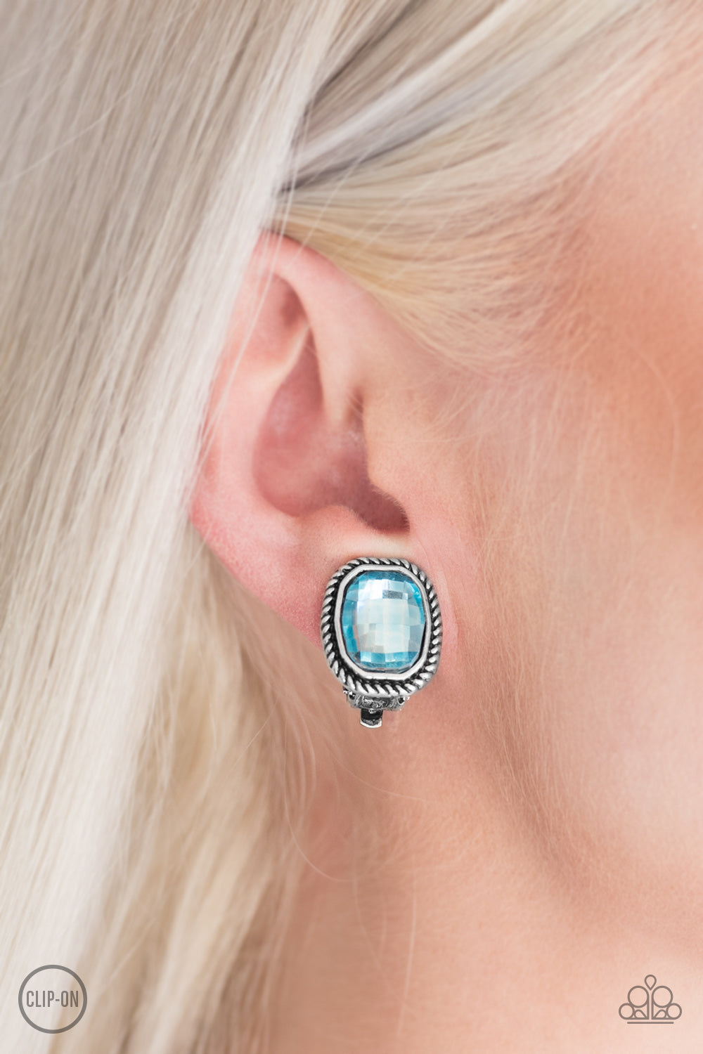 Beam Dream - Blue Clip On Earrings 2695E
