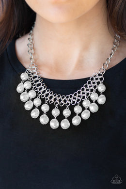 5th Avenue Fleek - White Necklace 1027n