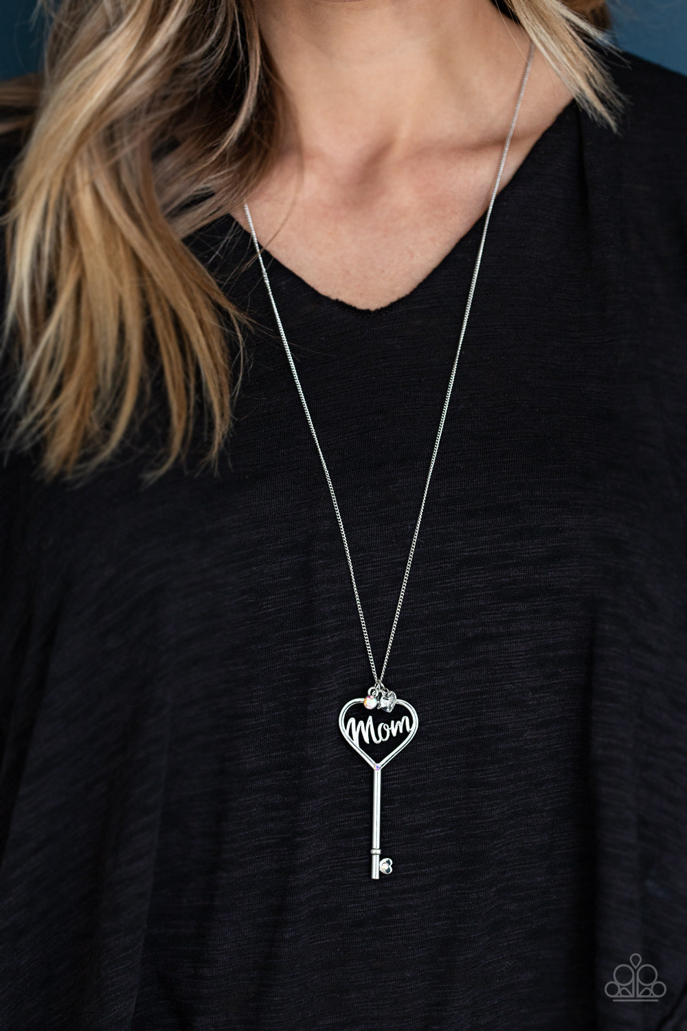 The Key To Mom Heart - Multi Necklace