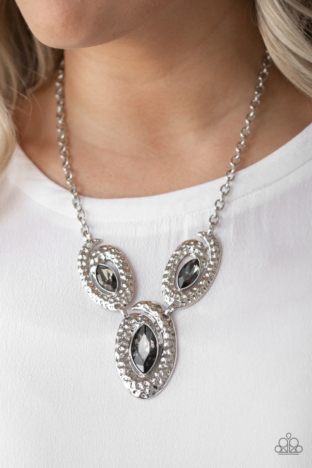 Metro Mystique - Silver Necklace 69n