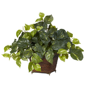 Pothos w/Coiled Rope Planter Silk Plant