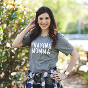 (PRE-ORDER) Praying Momma™️ T-Shirt | Gray