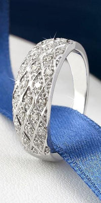 Bague RUBANS DE DIAMANTS