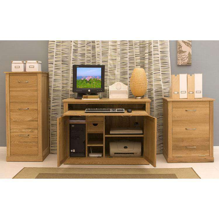 image of the baumhaus mobel oak 3 drawer filing cabinet cor07d shown with