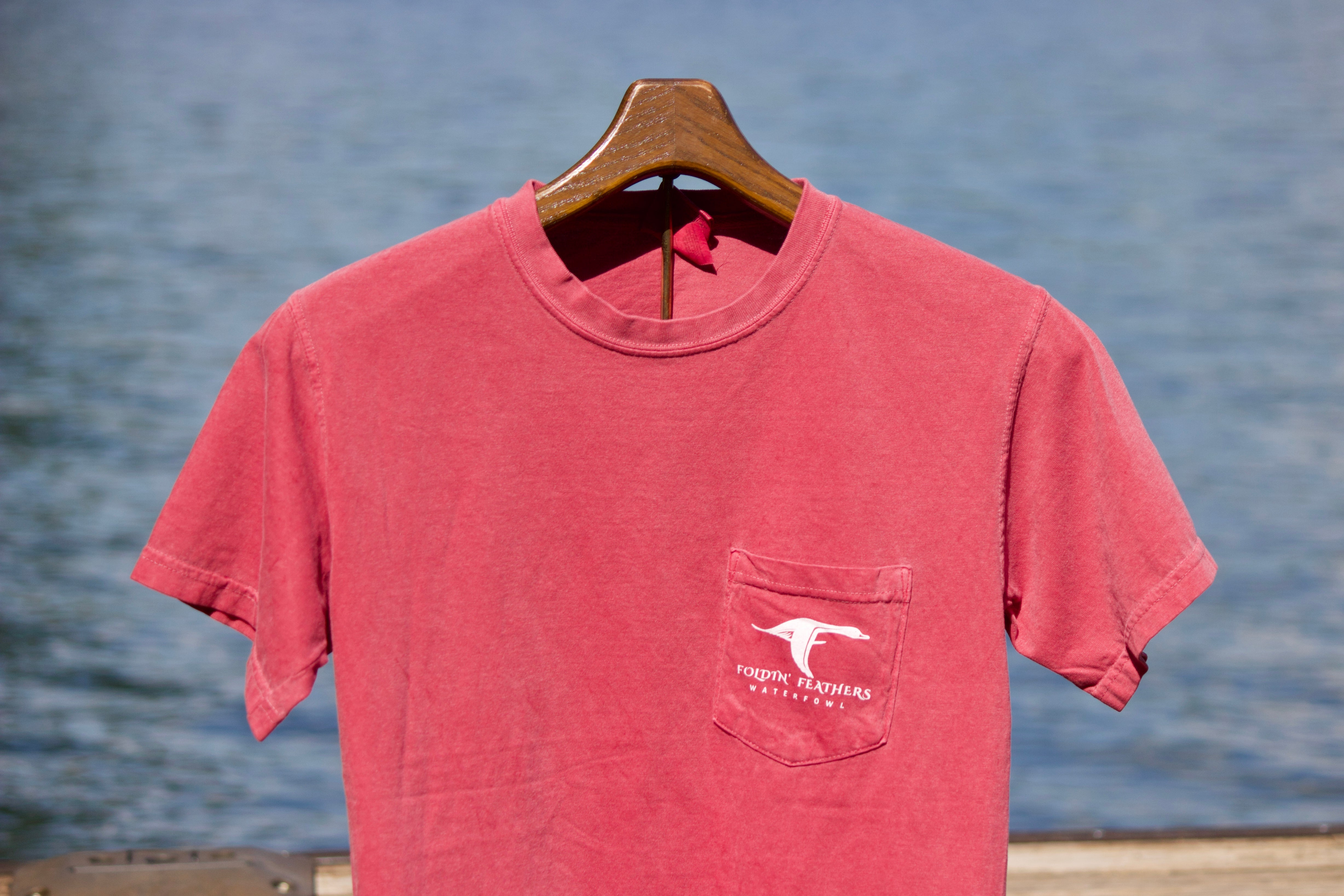 Cache T-Shirt in Crimson