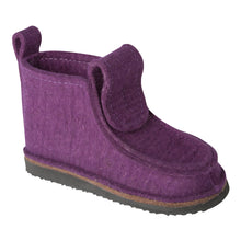 Load image into Gallery viewer, Purple Classic Boot with Treaded Sole