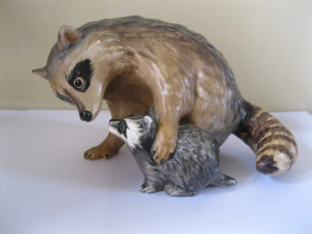Goebel Raccoon And Baby