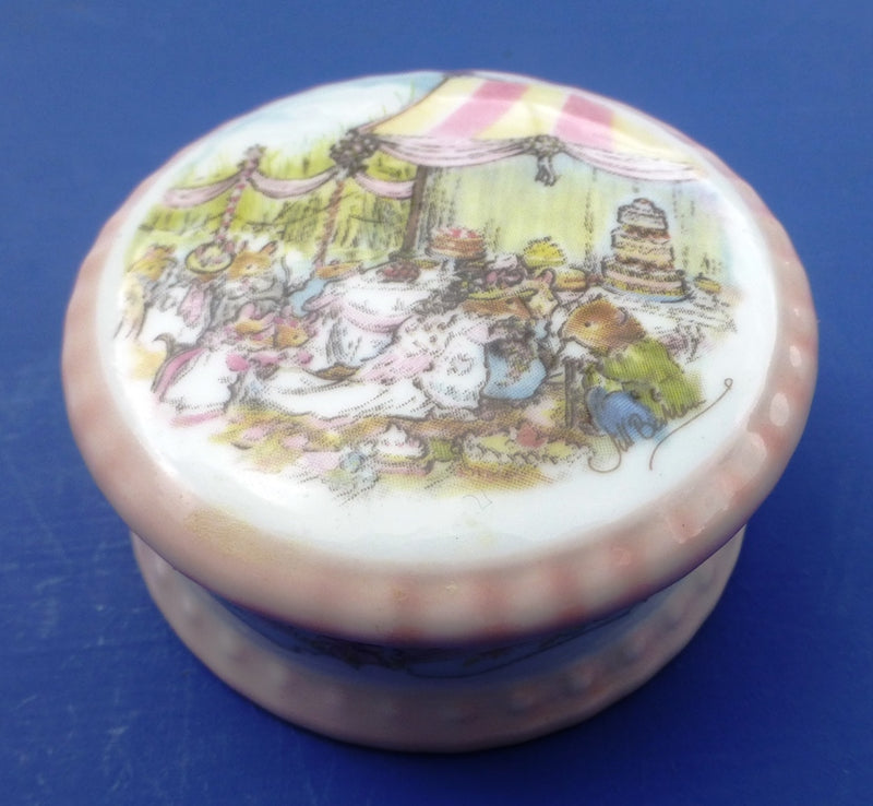 Royal Doulton Brambly Hedge Miniature Trinket Box - The Wedding by Jill Barklem