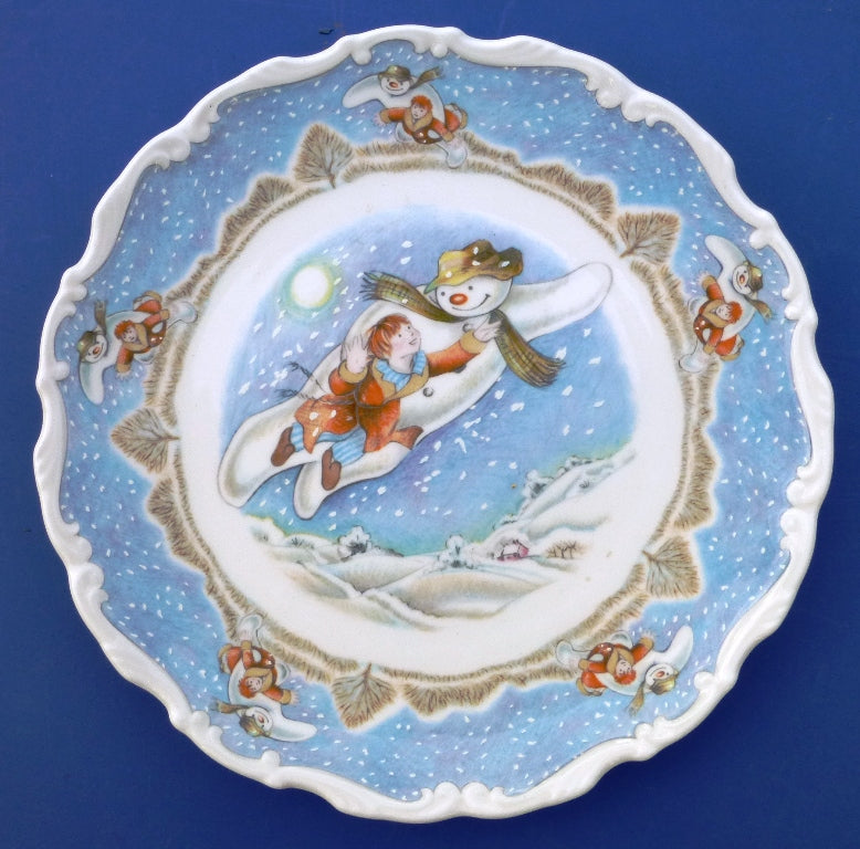 Royal Doulton Snowman Plate - Walking In The Air from the Series by Raymond Briggs