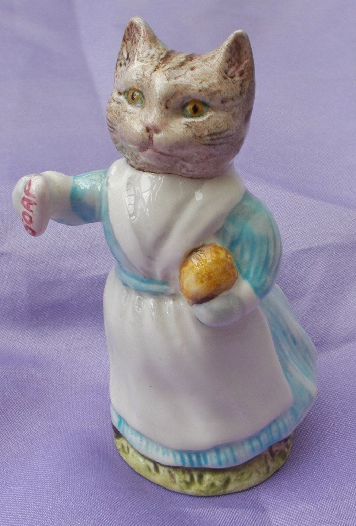 Beswick Beatrix Potter Tabitha Twitchit with White Top.BP3C