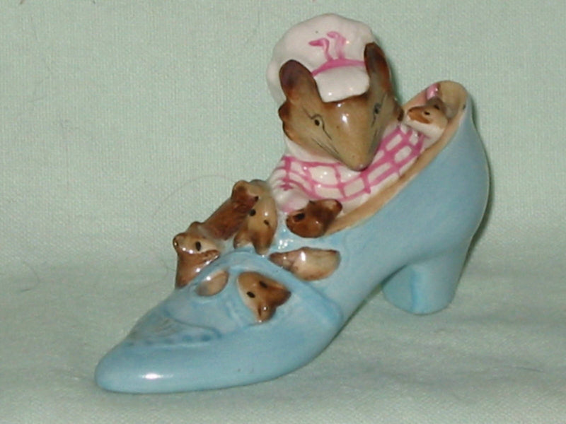 Beswick Beatrix Potter The Old Woman Who Lived In A Shoe. BP3b