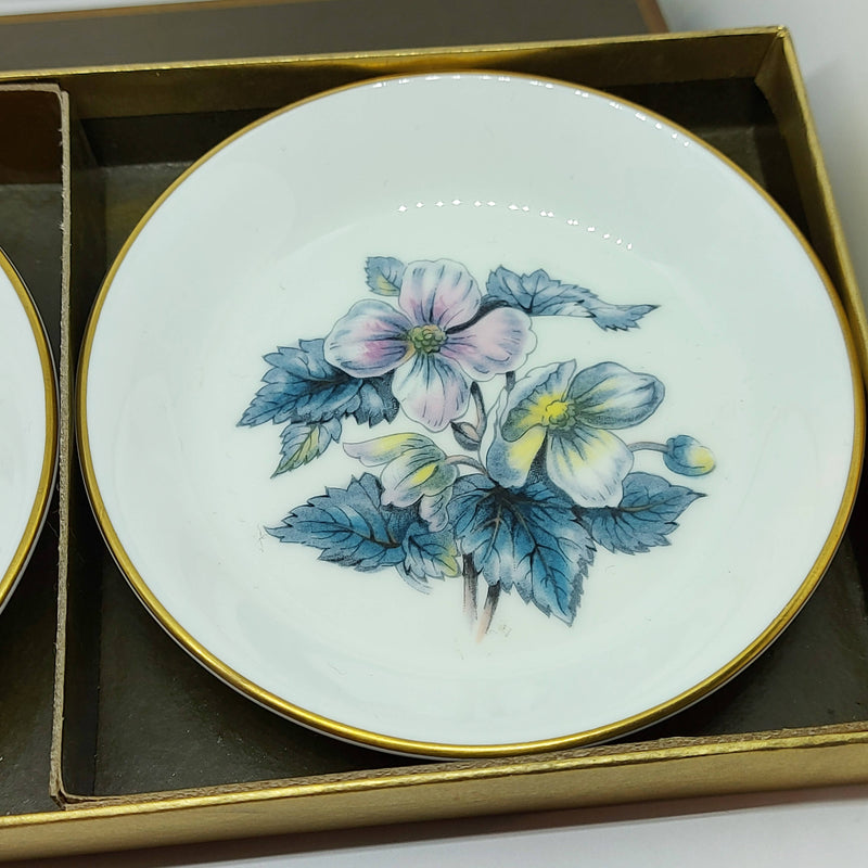 Vintage Boxed Royal Worcester Pair of Anemone Pin Dishes