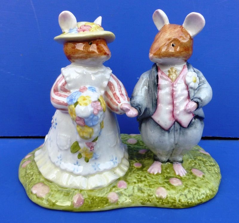Royal Doulton Brambly Hedge Figurine - The Bride and Groom DBH44 (Boxed)