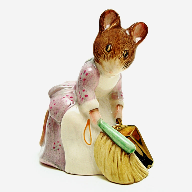 Beswick Beatrix Potter Figurine - Hunca Munca Sweeping (Gold Dustpan and Gold Backstamp)