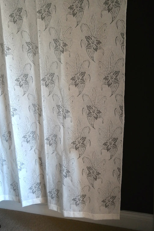 Dana - Antique Style Ivory Cotton madras Lace Curtain Panelling Sold By The Metre- Width 62 Inches