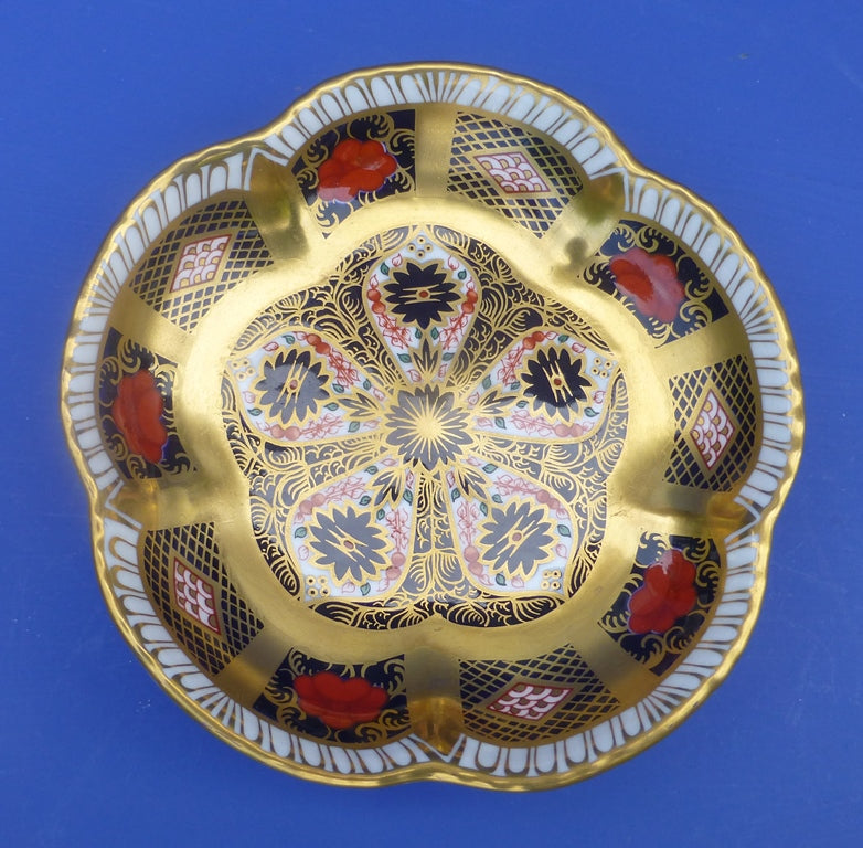 Royal Crown Derby Old Imari 1128 SGB Petal Tray