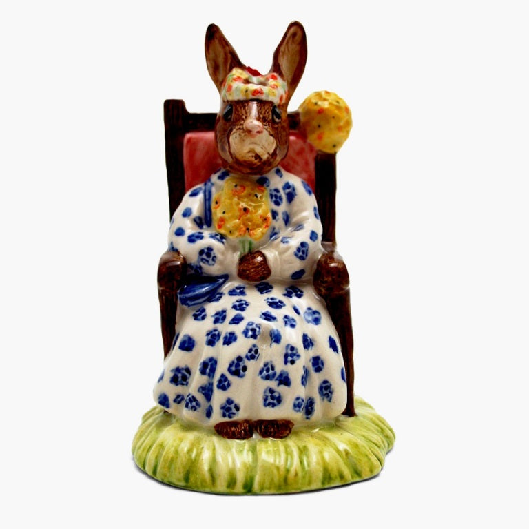 Royal Doulton Bunnykins Figurine - Susan Bunnykins as Queen of May