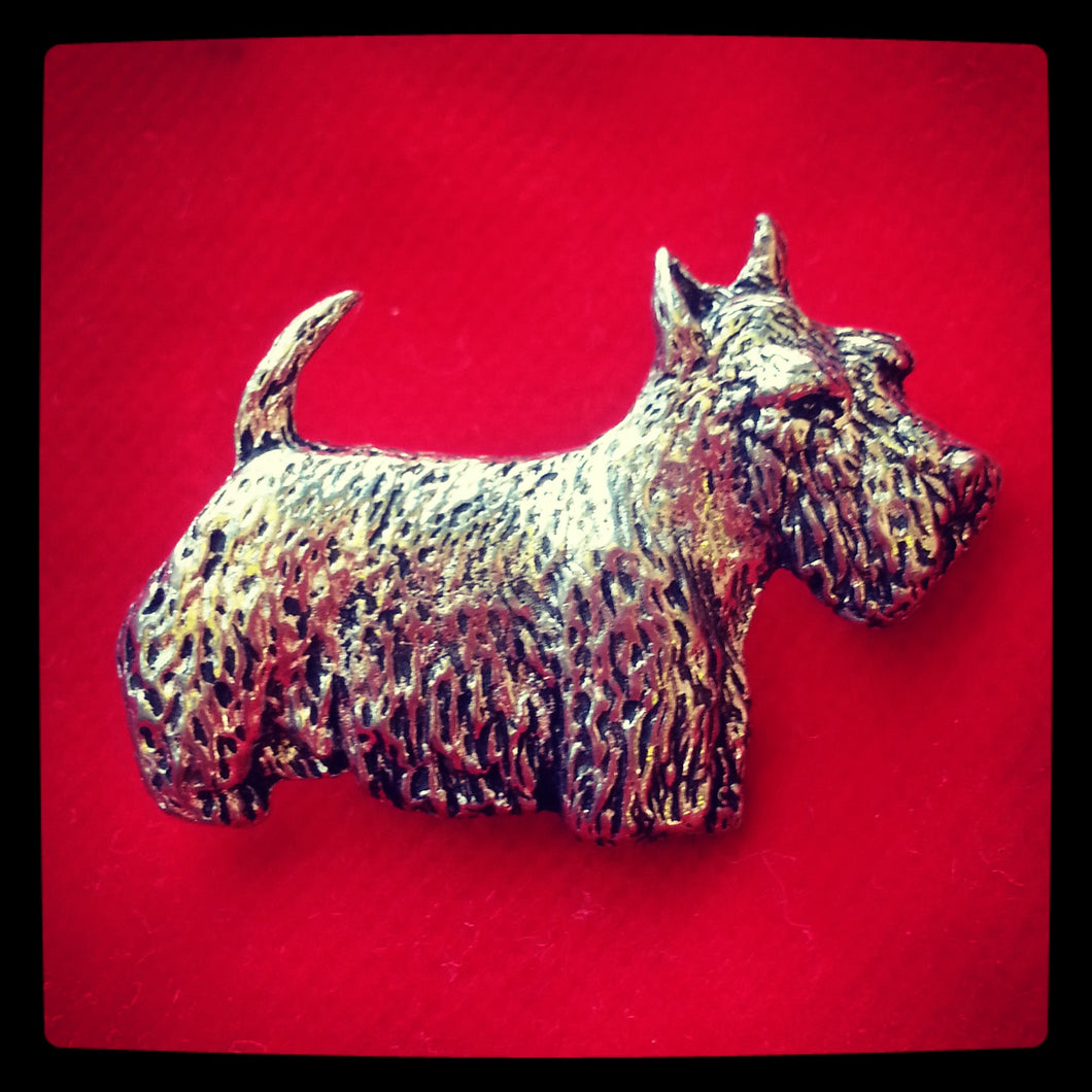 Scottish Terrier 'Scotty' Dog Brooch Pin Badge