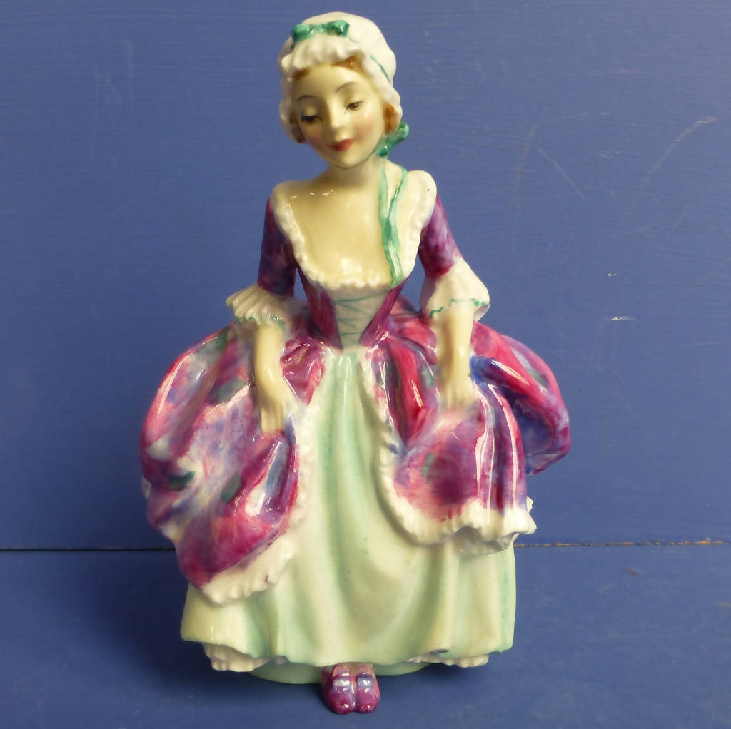 Royal Doulton Figurine - Goody Two Shoes HN1889