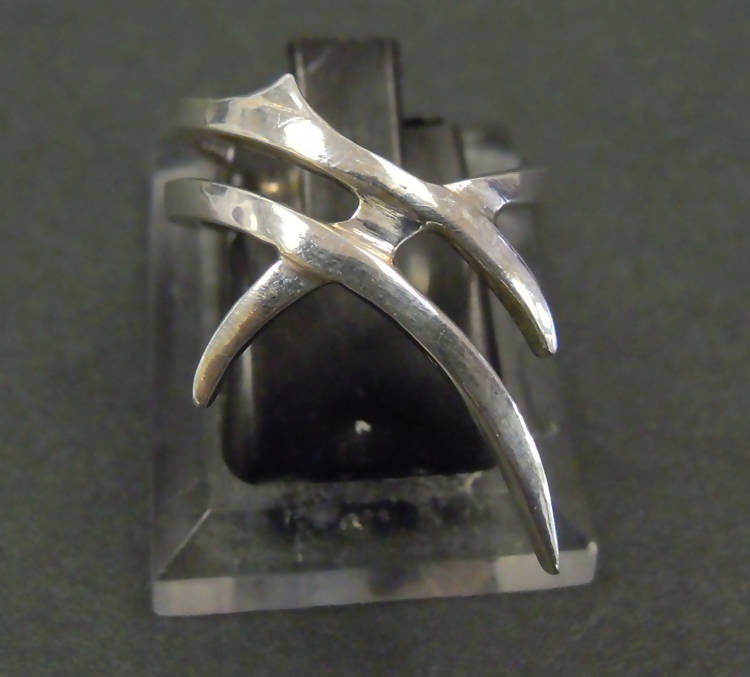 "Jake: ""Thorns"" silver ring (071)"