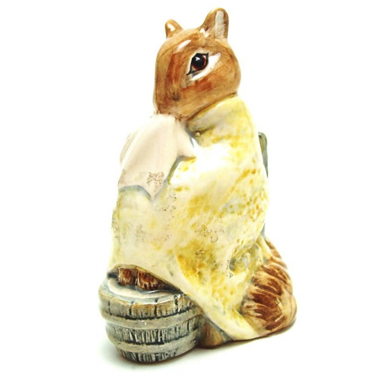 Royal Albert Beatrix Potter Figurine Chippy Hackee