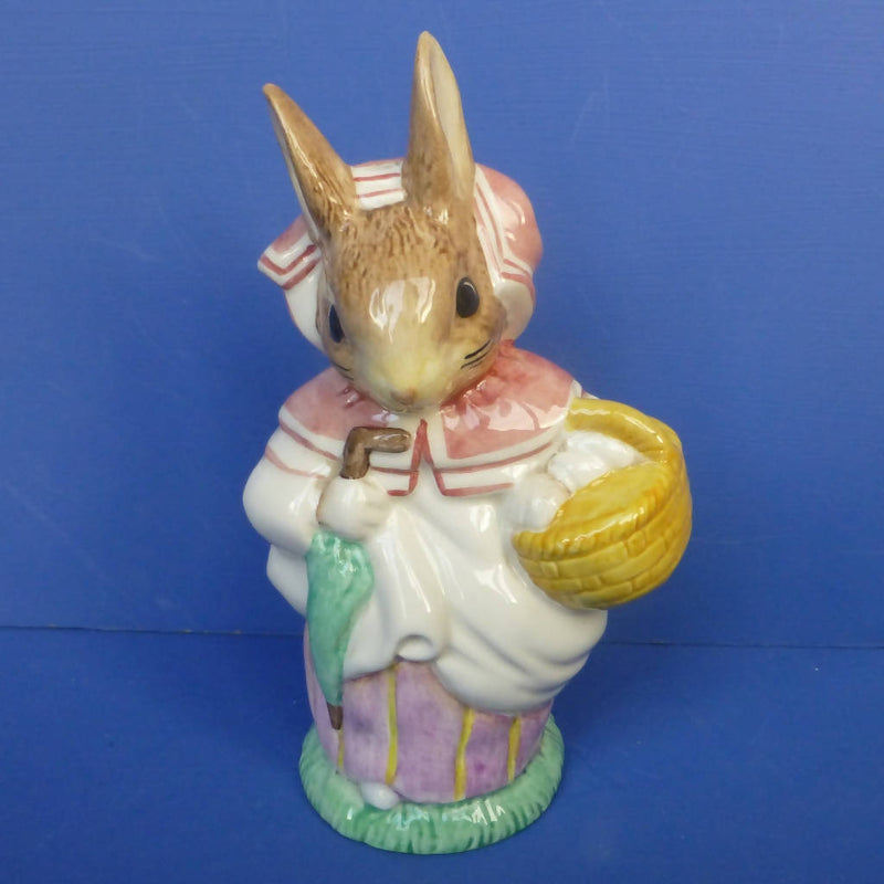 Royal Albert Large Beatrix Potter Figurine - Mrs Rabbit