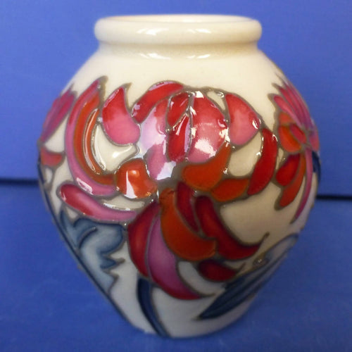 Moorcroft Miniature Vase Chrysanthemum November Birthday By Emma Bossons