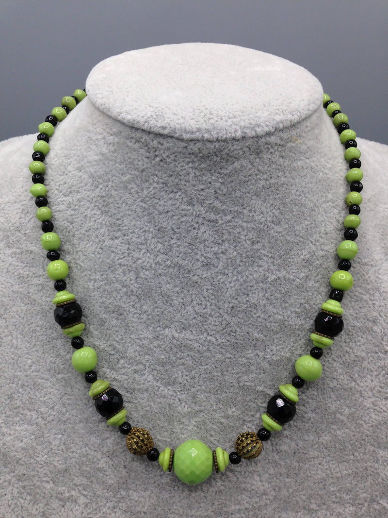 1930's Art Deco glass bead necklace