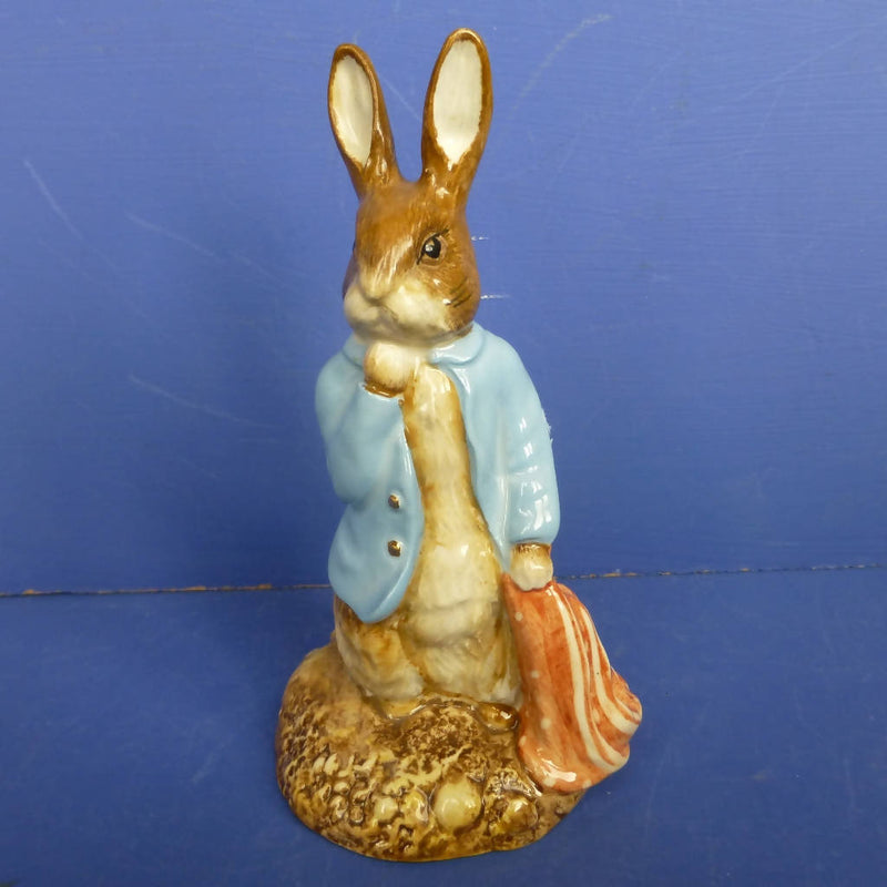 Beswick Beatrix Potter Figurine - Peter And The Pocket Handkerchief (Gold Buttons and Gold Backstamp) - Boxed