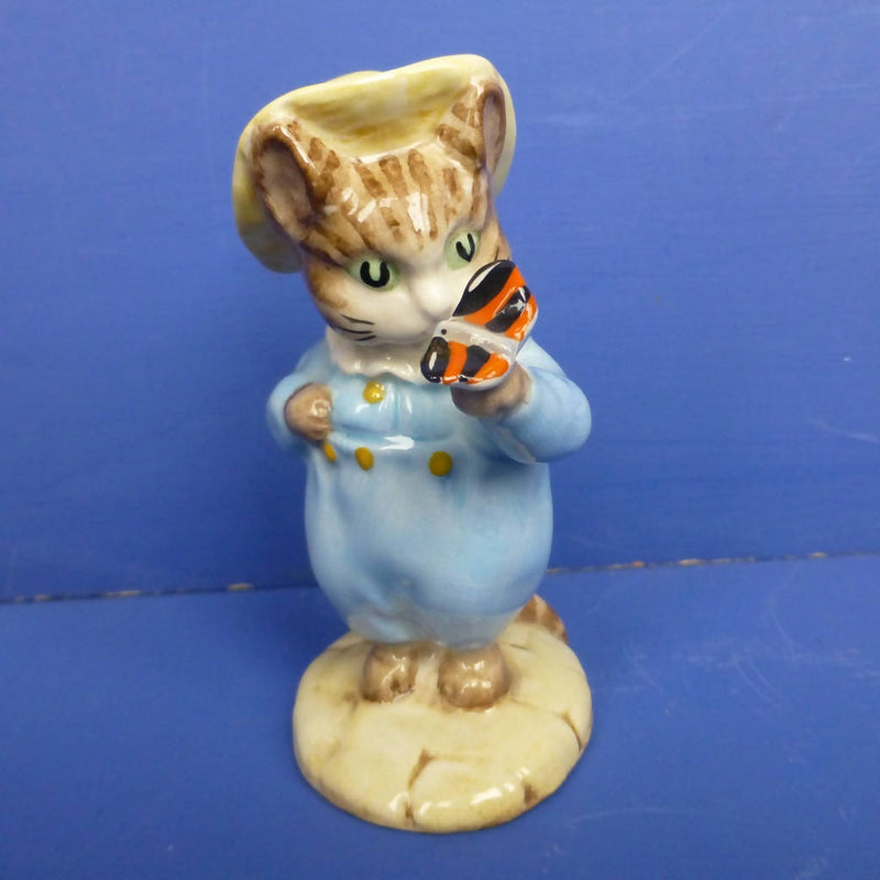 Beswick Beatrix Potter Figurine Tom Kitten and Butterfly BP3C