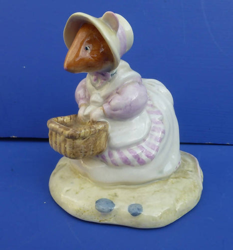Royal Doulton Brambly Hedge Figurine Mrs Saltapple DBH40 (Boxed)