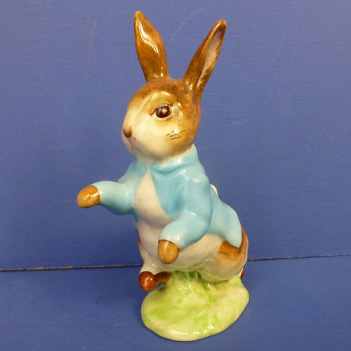 Beswick Beatrix Potter Figurine Peter Rabbit BP2 (Gold Backstamp)